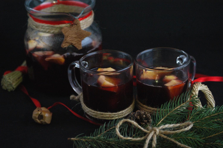 Voňavý vianočný punč s medom