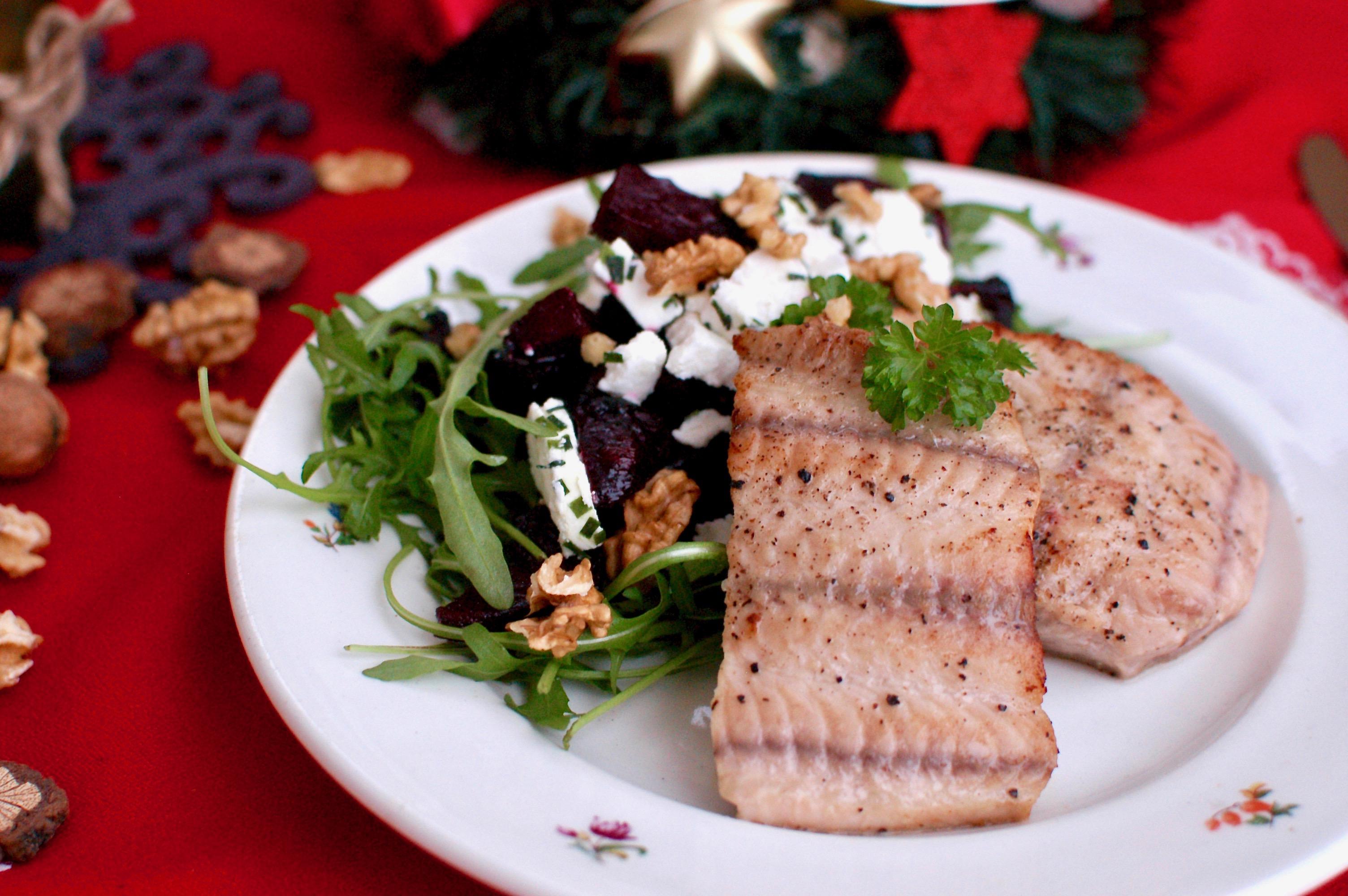 Vianočná ryba so šalátom