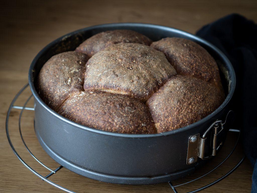 chlieb vo forme, kváskový chlieb